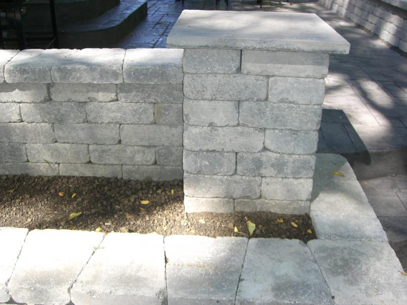 Column, planter, retaining and seating wall with patio steps